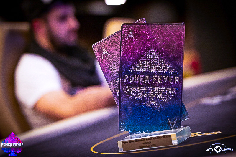 Trofej z turnaje Poker Fever Mini High Roller putuje do Polska